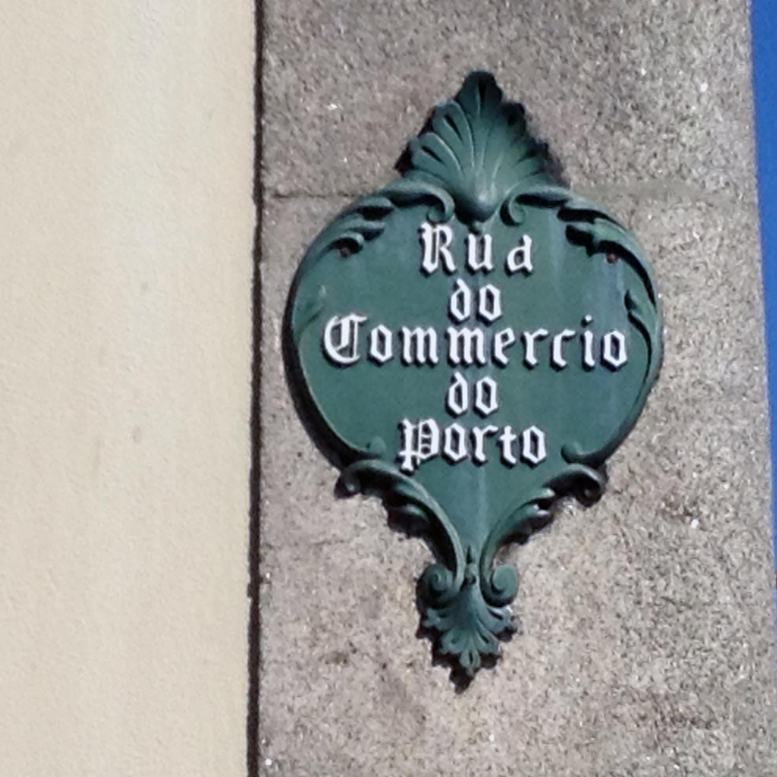 Rua do Comércio do Porto encerrada – Aluimento de terras