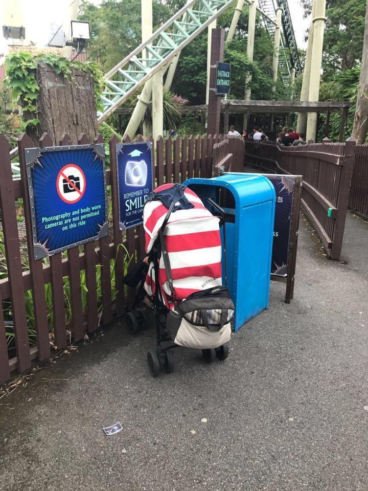 Pais deixaram bebé sozinha para ir andar de montanha russa